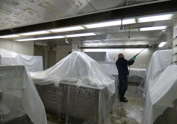 Dégraissage des circuits d'extraction de graisse - Cleaning Services